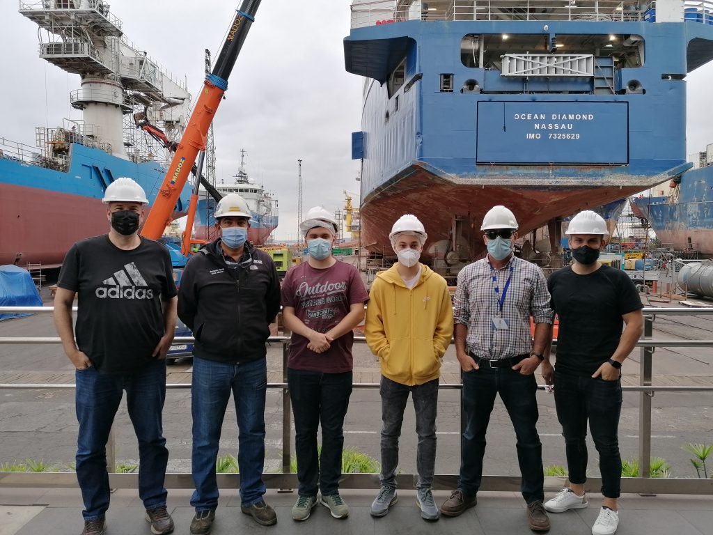 Our Dock Master and the IT team with Victor Suarez Ramos and Acoidan Santana Ortega in the centre, students from IE El Rincon involved in the project.
